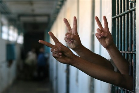 Addameer : La grève de la faim des prisonniers palestiniens s'achève par la conclusion d'un accord avec l'occupation
