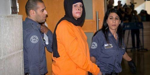 Faute de soins, la prisonnière Isra'a Ja'abees vit dans d'atroces souffrances