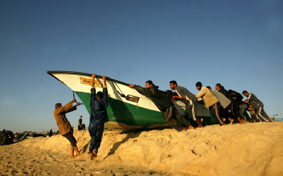 L'occupation israélienne réduit encore la zone de pêche à Gaza