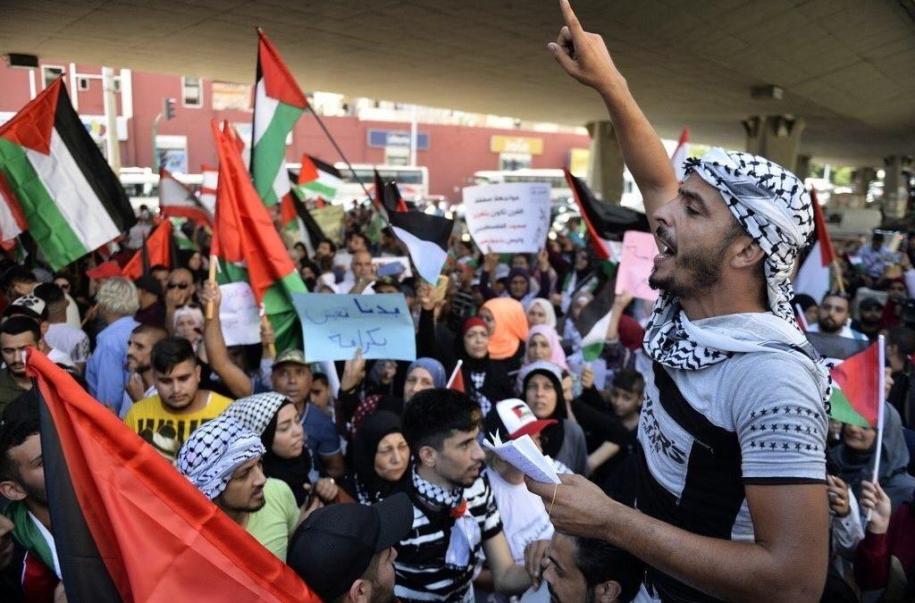 La colère continue dans les camps de réfugiés palestiniens au Liban