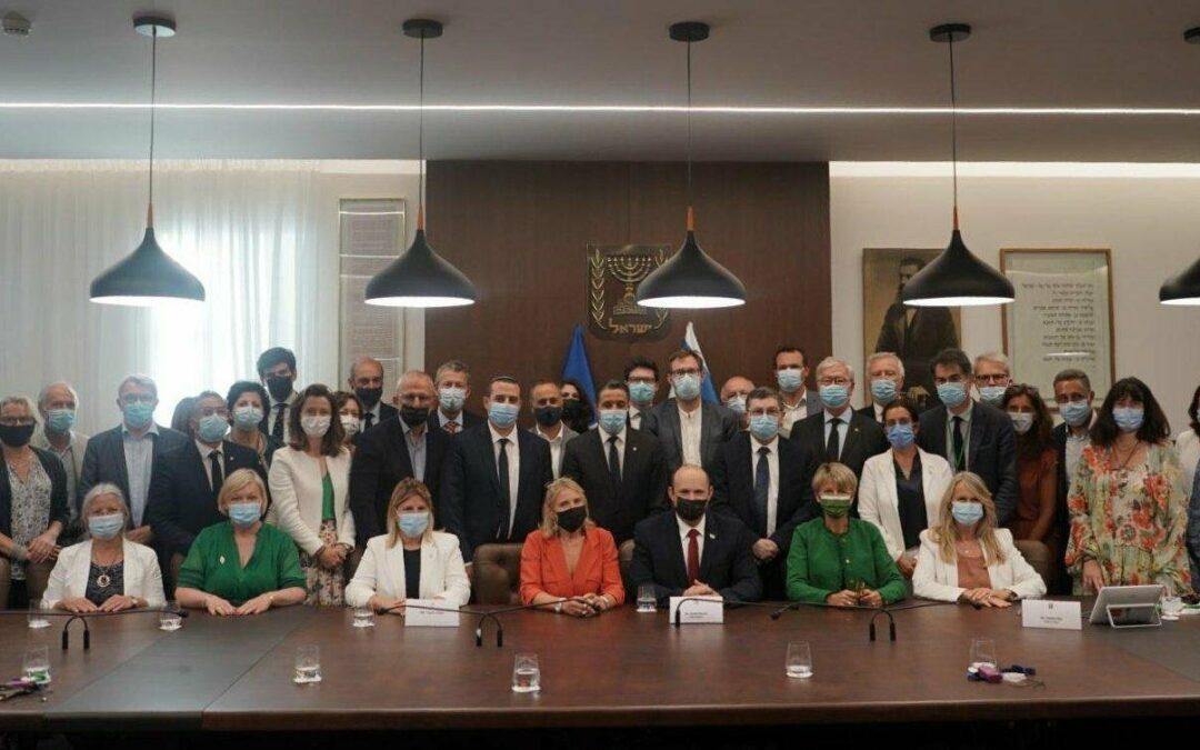 Qui sont les parlementaires et élus français ayant participé à une délégation en Israël auprès de l'extrême droite ?